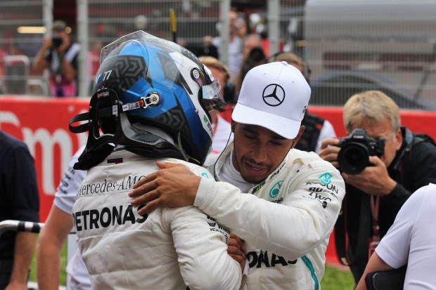 Mercedes Doppelsieg in Spanien