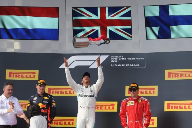 Lewis wins - Seb loses
