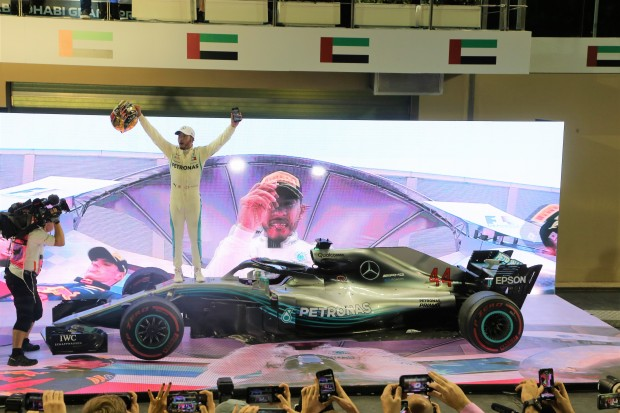 Hamilton wins final race in Abu Dhabi