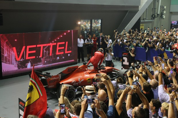 Seb finally wins again in Singapore